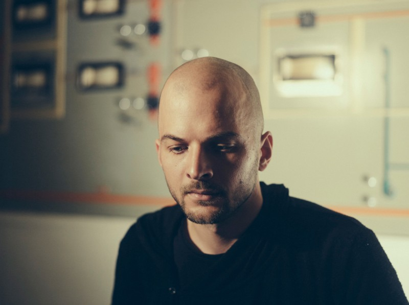 NILS_FRAHM_All_Melody_credit_Alexander_Schneider_small-1200x896